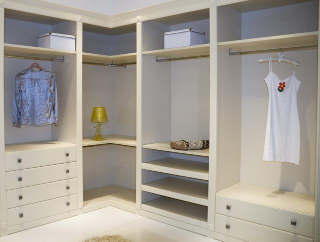 Closets_007R