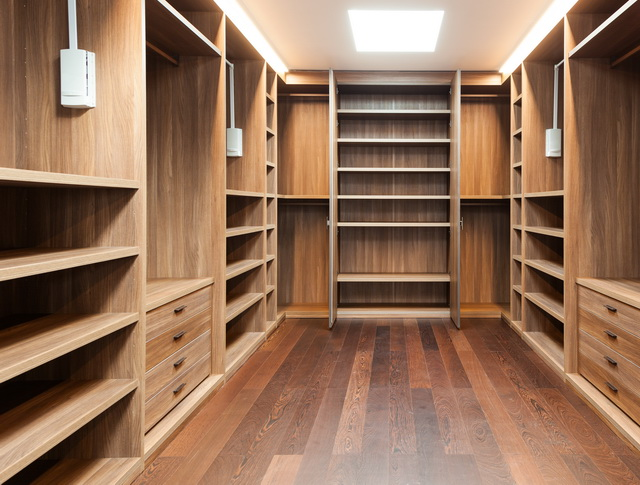 Closets_009R